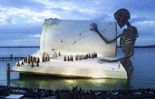 floating-giant-book-stage-bergenz-festival